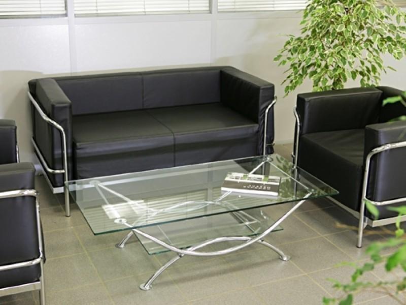 черный диван для офиса