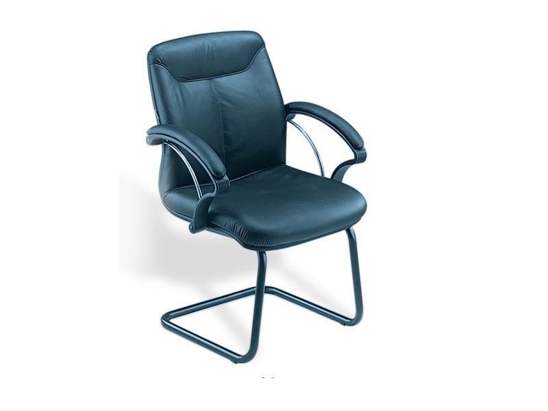 офисное кресло с удобной спинкой